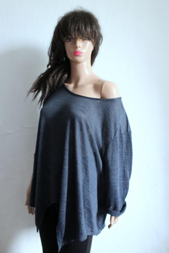 Lejący sweterek mgiełka r 52 54