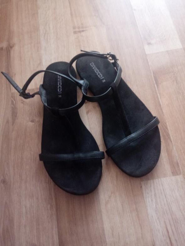 Czarne sandały H&M