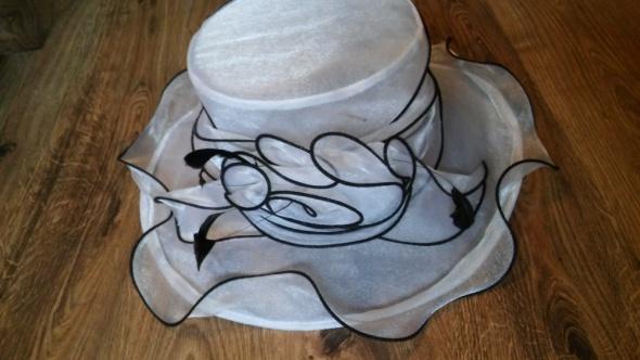 Piękny kapelusz