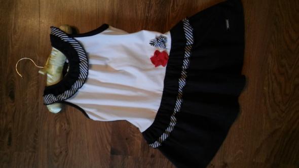 Biało granatowa sukienka na 2 lata