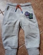 Spodnie F&F 12 do 18 miesięcy...