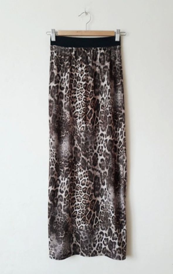 Długa spodnica maxi w panterkę