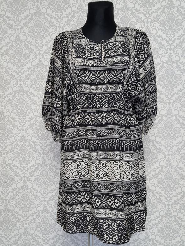 czarno beżowa sukienka w wzory H&M