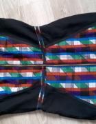Sukienka w geometryczne wzory...