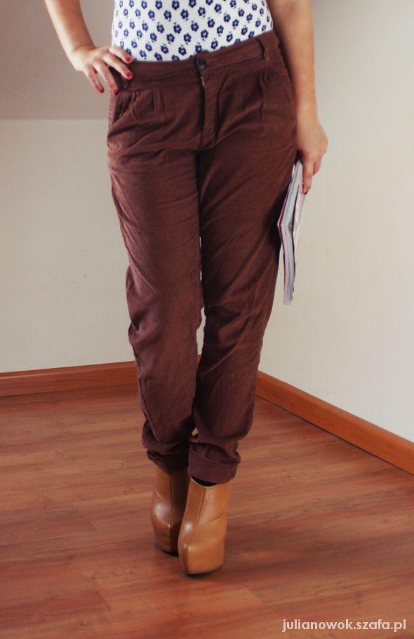 Brązowe spodnie...
