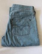 niebieskie spodnie jeansowe Levis s...