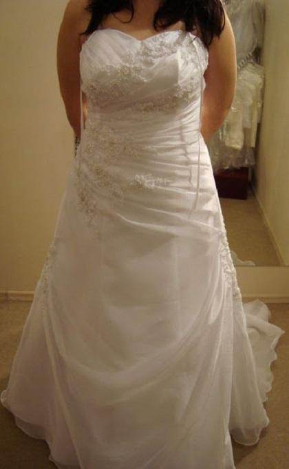 Suknia ślubna MS Moda ivory