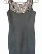 Czarna sukienka New Look S