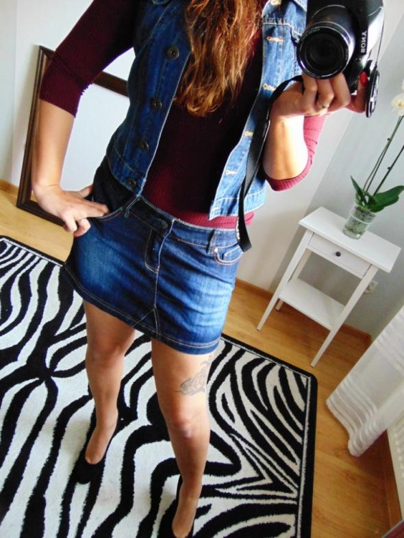 Jeansowa spódnica mini 32 GUL