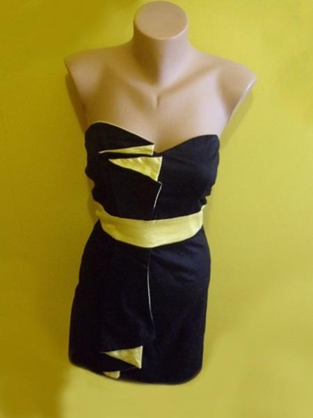 śliczna gorsetowa sukienka czarna czarno żółta