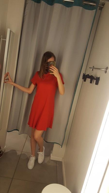 Sliczna nowa z metkami czerwona sukienka atmosphere