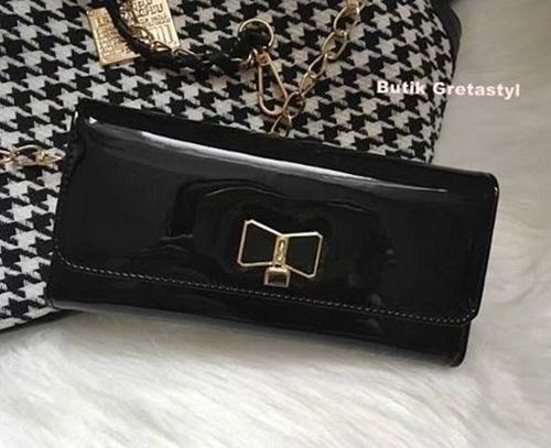 Czarny portfel damski kokardka
