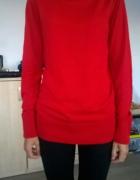 czerwony sweterek...