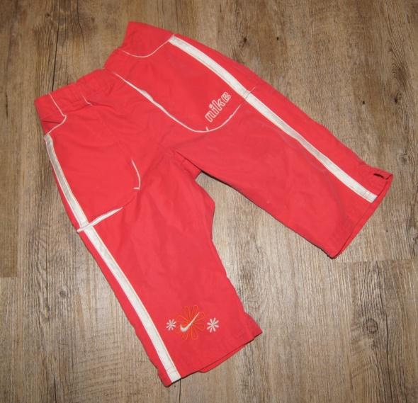 Zestaw dziewczynka koszulki spodenki Nike 110 116