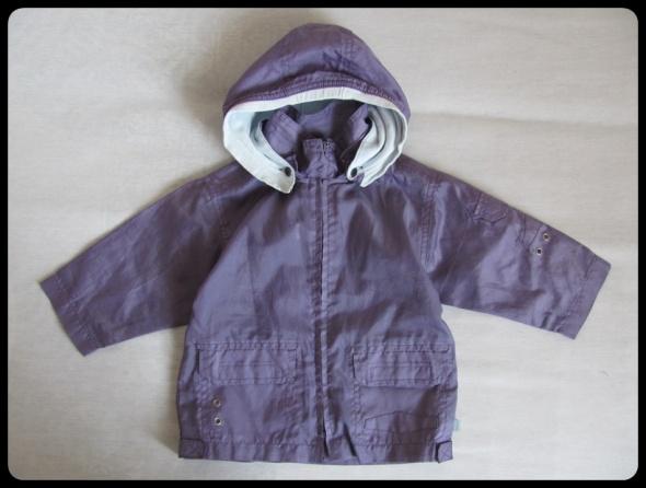 Kurtka dziewczęca na deszcz cienka rozmiar 74 kurtka 6 do 9 mies
