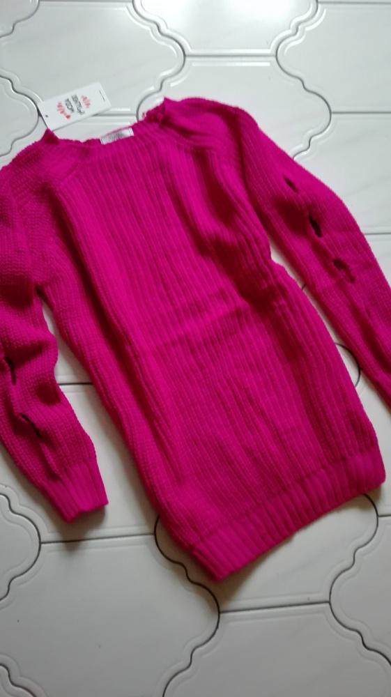 Sweter tunika róż wyciecia dziury na rekawach oversize