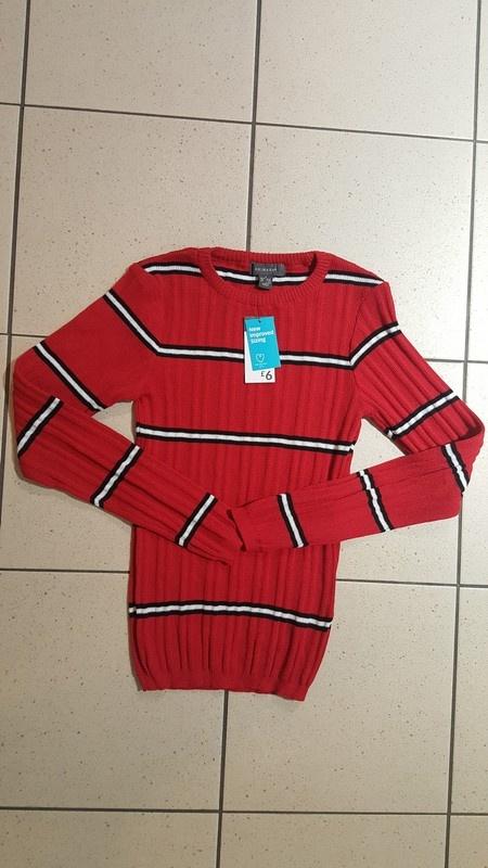 Nowy czerwony sweterek w paski primark s