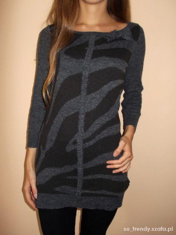 Szary dłuższy sweter w zebrę rozm M S długi sweter