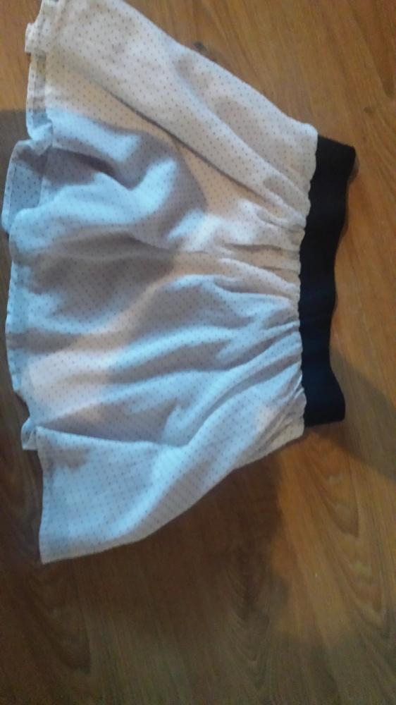 H&M urocza kremowa mini w groszki