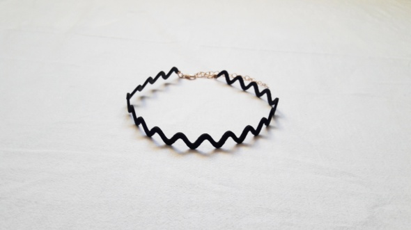 Nowy choker H and M