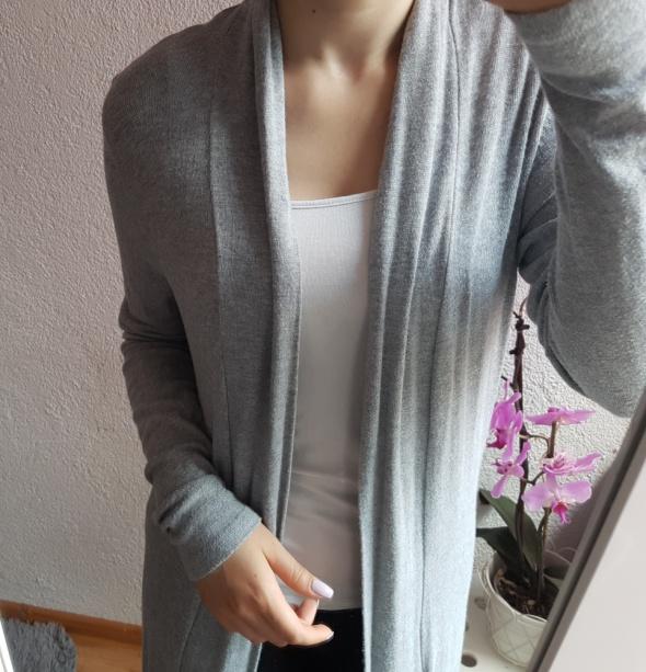 Długi sweterek...