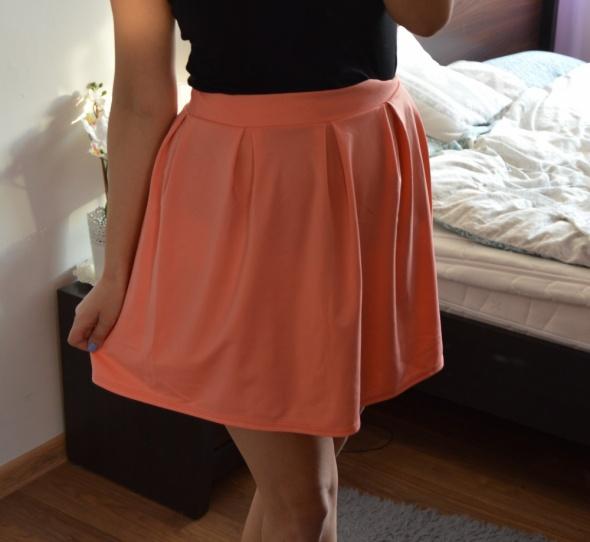Pomarańczowa spódniczka mini 38 40