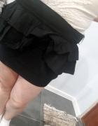 Czarna mini L...