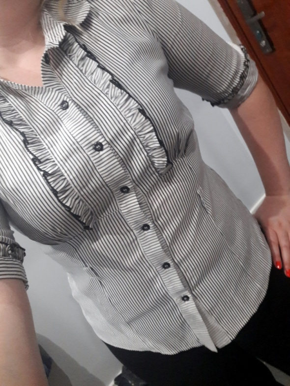 Elegancka bluzka paseczki...