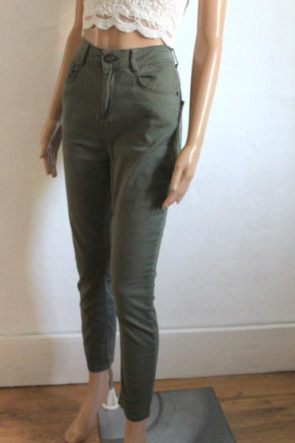 Spodnie khaki z wysokim stanem r M...