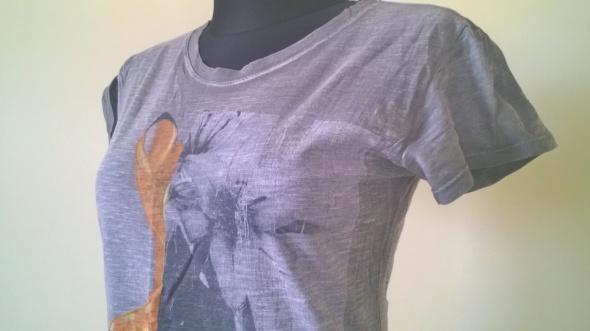 T shirt z nadrukiem sarenka