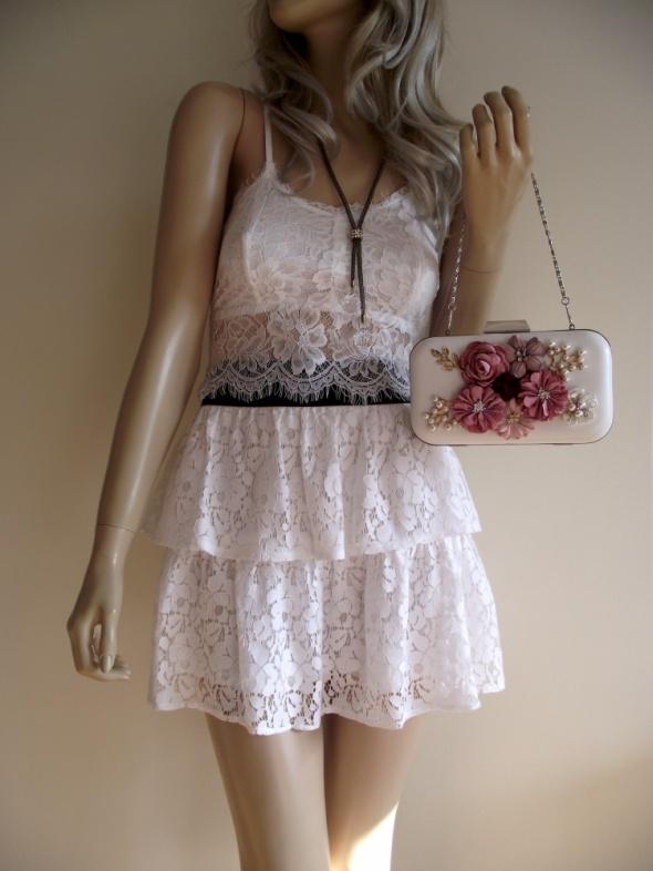 Biała koronkowa spódniczka mini z falbanami Fishbone M L...