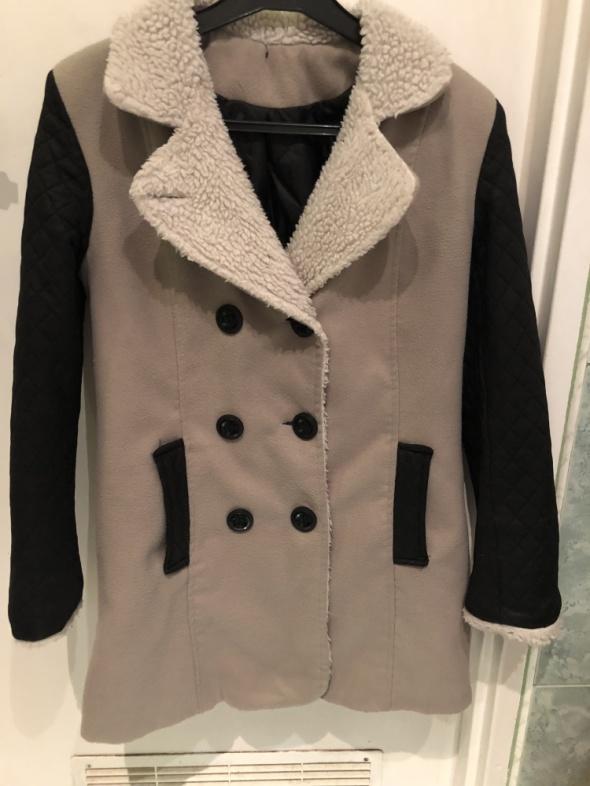 Płaszcz kurtka płaszczyk M L aktualny
