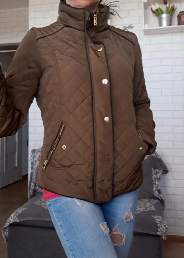 Odzież wierzchnia Stradivarius kurtka brąz pikowana