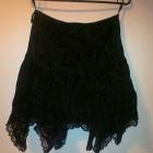 Niebanalna spódnica z rogami na imprezę