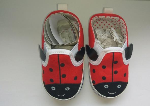 Nowe buciki dziewczęce biedronka 80 86