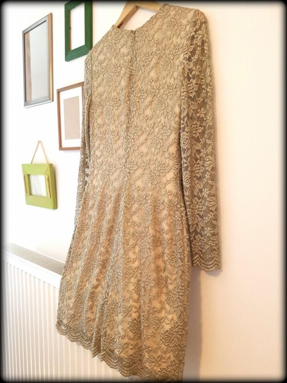 Koronkowa złota miedziana sukienka Ralph Lauren r 38