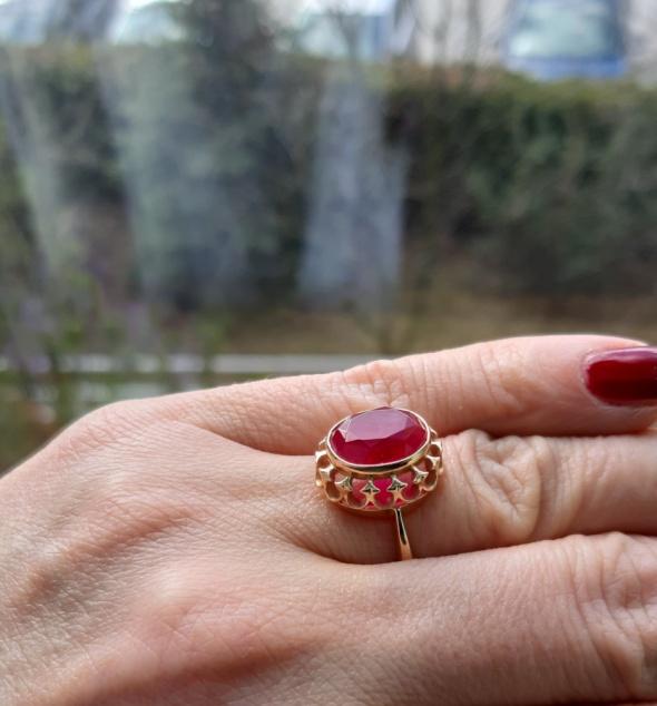 Złoty pierścionek Carska Rosja pr 583 rozm 15 z rubinem