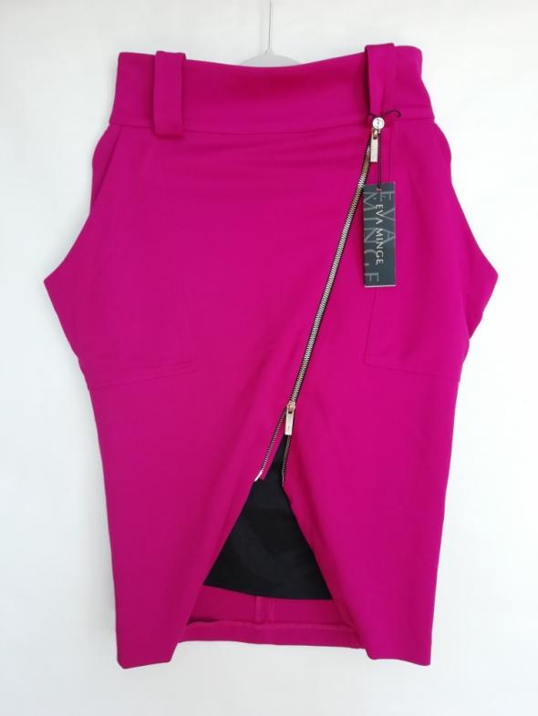 Spódnica ołówkowa S M kolor fuksja projektant Eva Minge