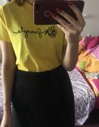 Żółta koszulka tshirt skydance fragile z nadrukiem oversize art...