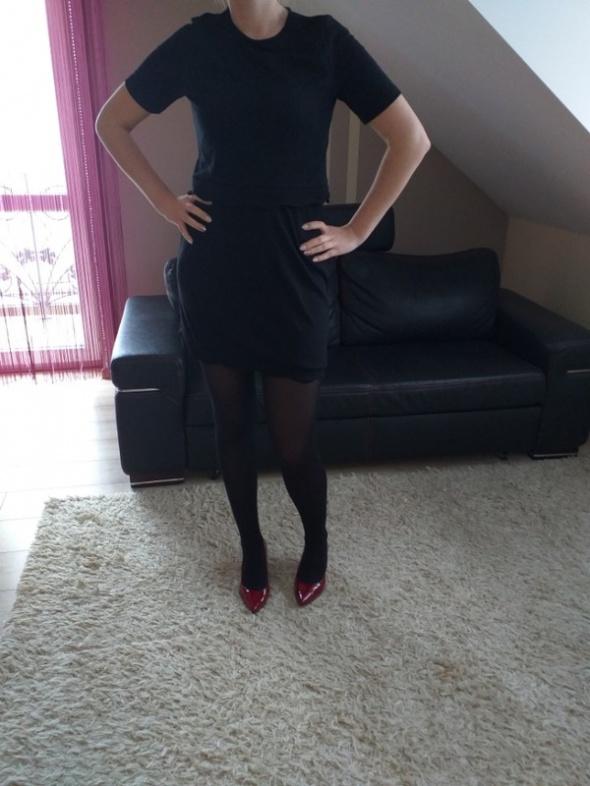 dwucześciowa sukienka...