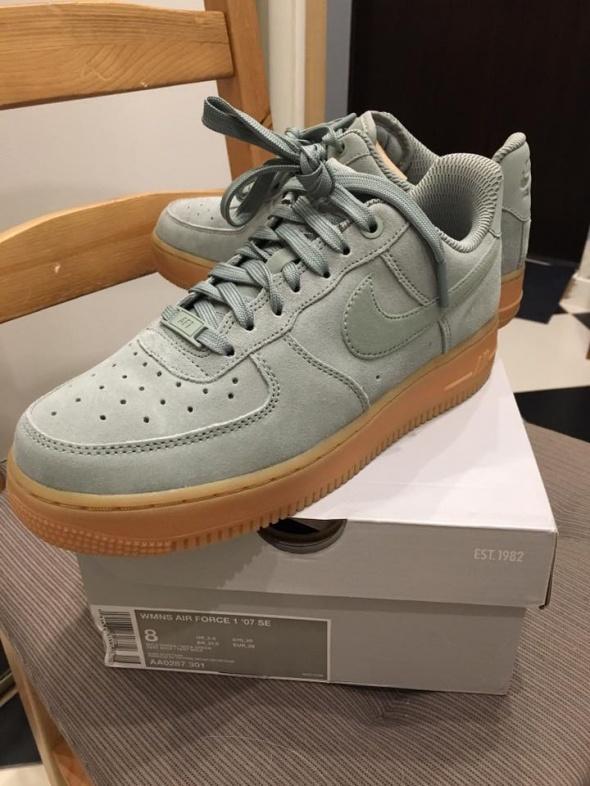 NOWE Nike Air Force 1 SE 07 Turkusowe 39...
