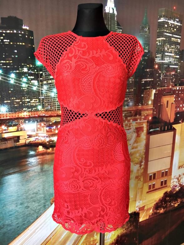 topshop sukienka czerwona koronka gipiura mini 34 36