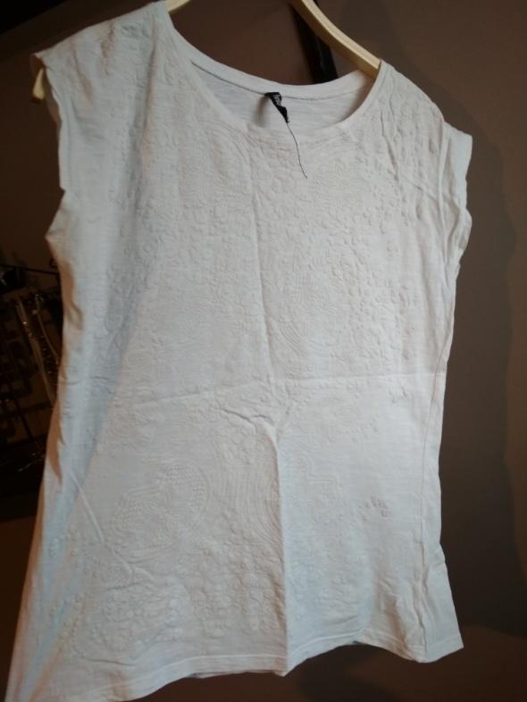 Koszulki Biała koszulka nadruk biały S z krótkim rękawem
