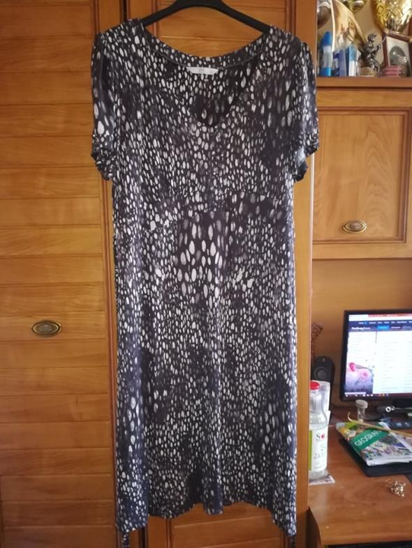 TU dzianinowa sukienka dla lekko puszystej 44