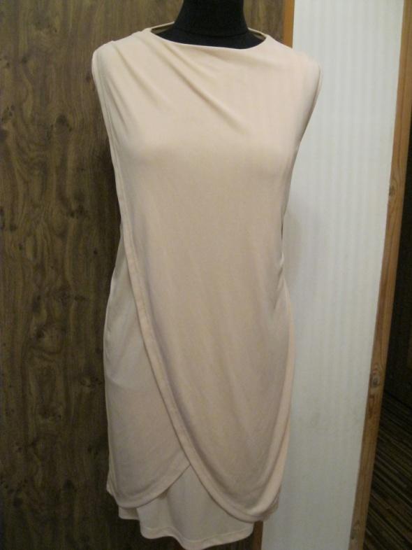 sukienka ASOS 40 zakładana pudrowy róż