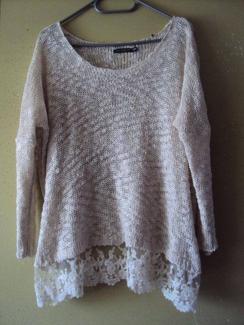 bawełniany sweterek z koronka