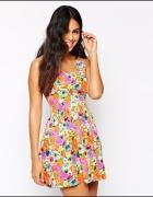 Asos Lashes 36 S rozkloszowana sukienka kwiaty