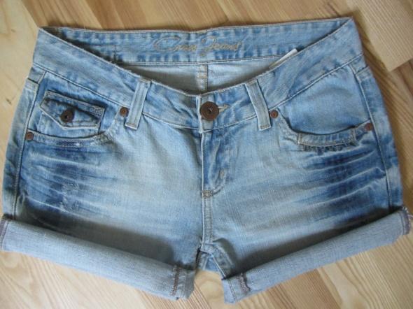 spodenki dziury ombre jasne L 40 cross jeans...