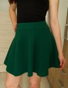 krótka zielona spódniczka S H&M...