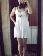 sukienka nude H&M...
